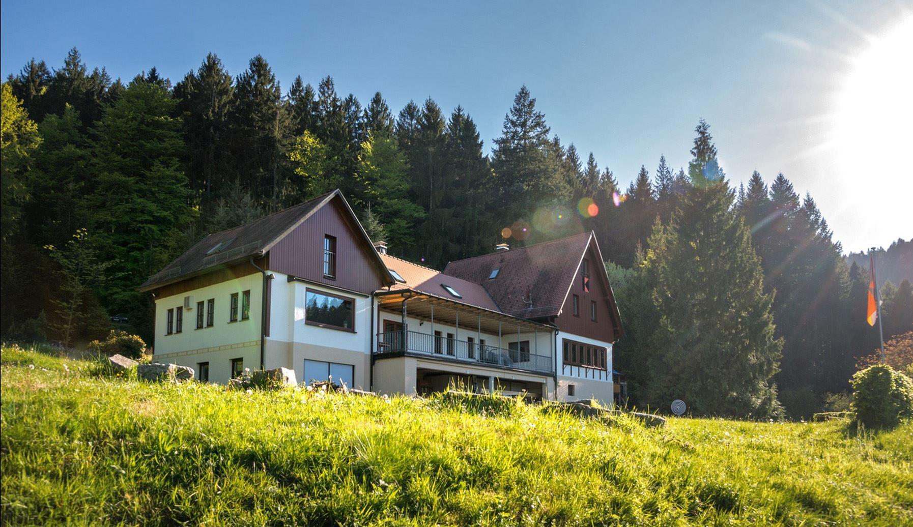 Kolpinghaus Weisenbach (Hangsicht)