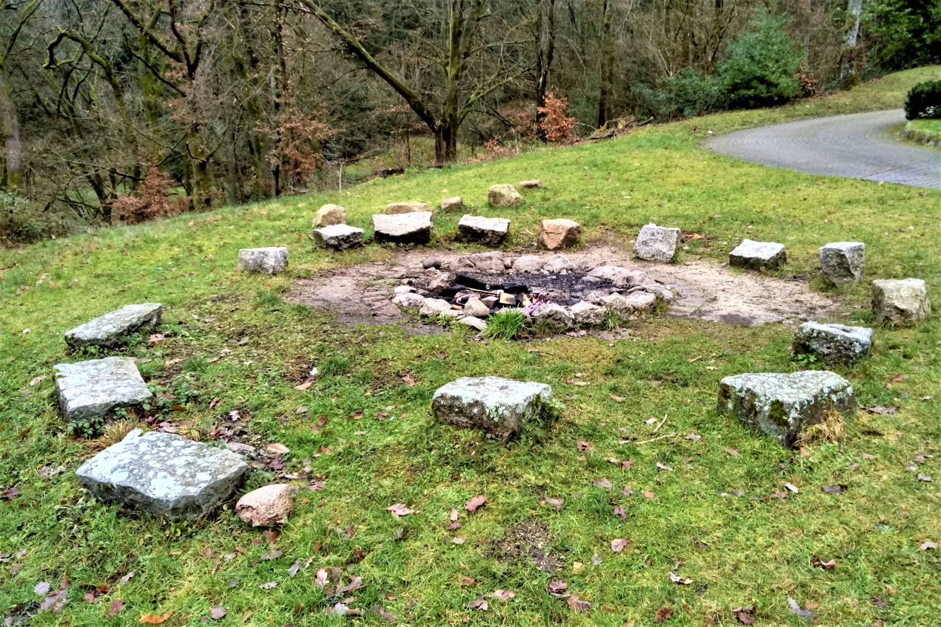 Die Feuerstelle des Kolpinghaus Weisenbach
